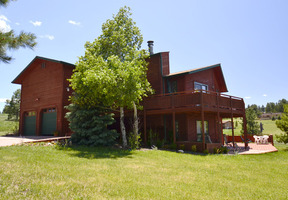 Residential : 8831 Grizzly Way