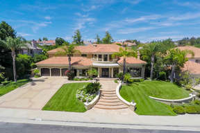 Calabasas CA Single Family Home For Sale: $2,900,000