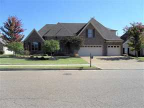 Single Family Home Sold: 4902 Fox Springs Dr