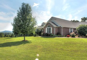 Single Family Home Sold: 218 Charlie Peek Rd