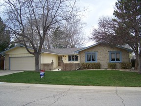 Residential : 7729 Nelson St