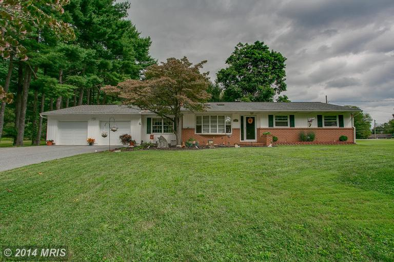5825 Lakeview Drive Sykesville, MD 21784-6811
