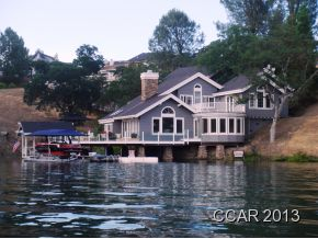 Beautiful homes in Lake Tulloch Shores