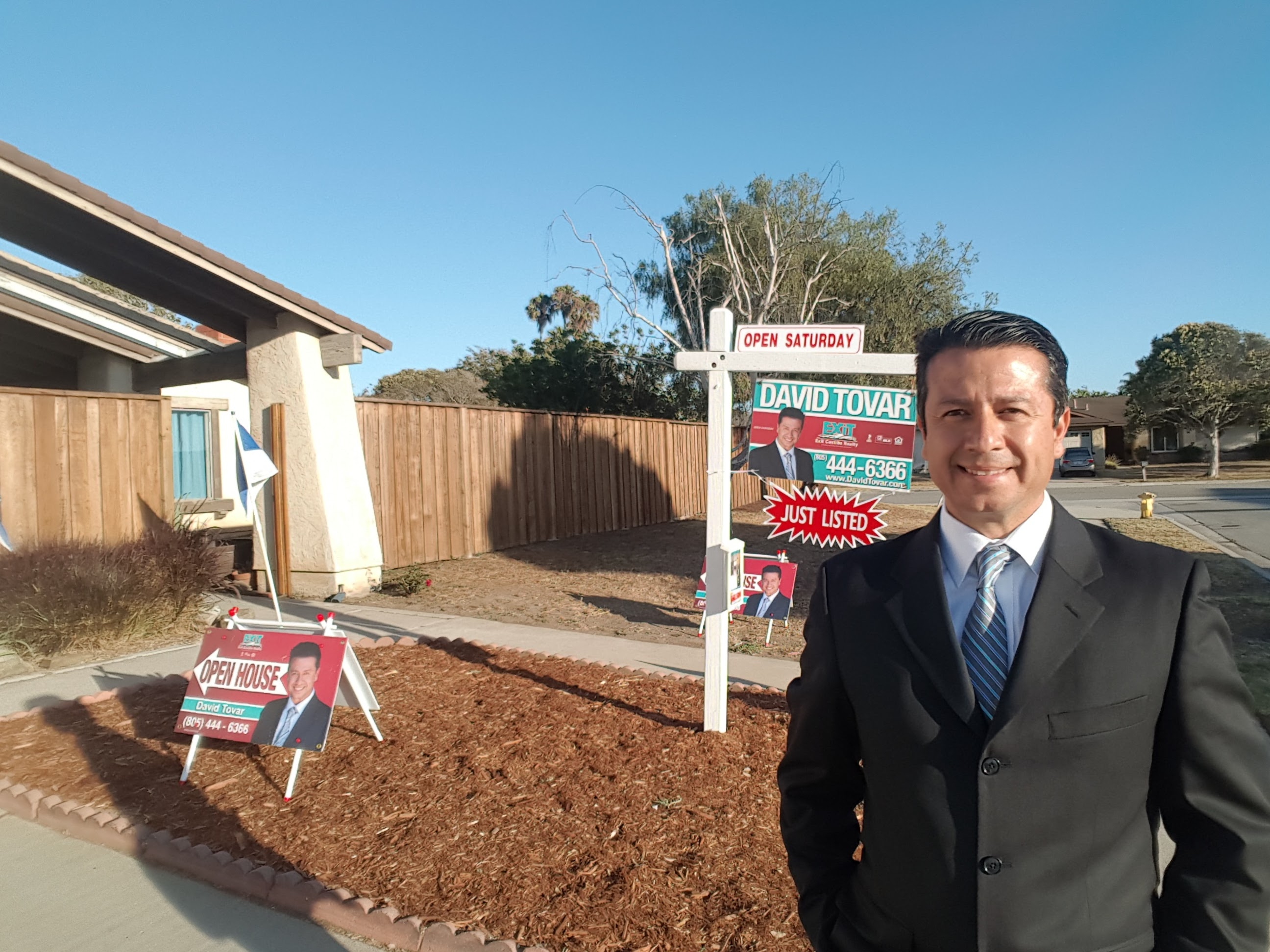 1540 Port Dr Home for Sale in Oxnard Open House