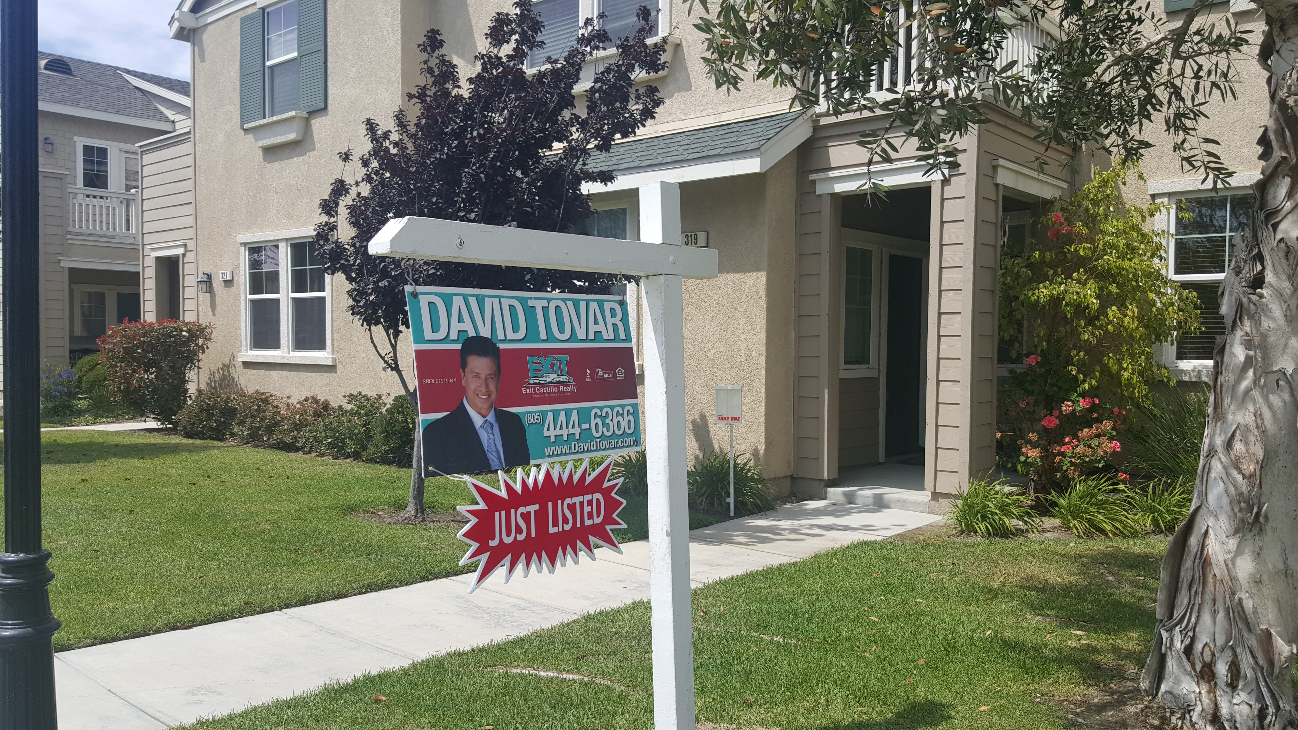319 Forest Park Blvd Condo for Sale in Oxnard CA Riverpark Neighborhood