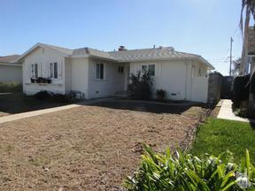 Single Family Home Sold: 1218 Douglas Ave.