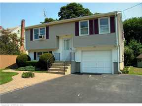 Single Family Home Sold: 181 Seabreeze Ave
