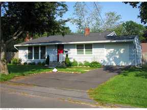 Single Family Home Sold: 29 Ridgewood Dr
