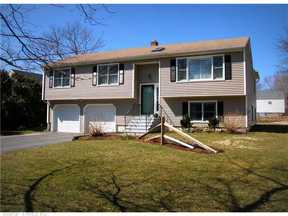 Single Family Home Sold: 21 Pier CT
