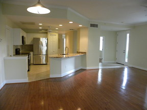 Condo/Townhouse For Rent: 14-Harbour Links - 1st Floor