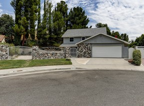 Santa Clarita  CA Single Family Home Sale Pending: $619,000