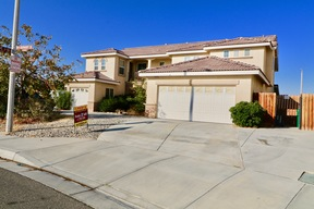 Lancaster  CA Single Family Home Sale Pending: $430,000