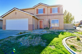 Lancaster  CA Single Family Home Sale Pending: $335,000