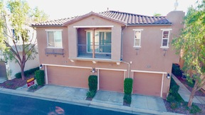 Santa Clarita  CA Townhouse Sale Pending: $443,000