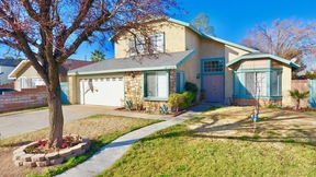 Palmdale CA Single Family Home Sale Pending: $299,999