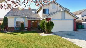 Lancaster  CA Single Family Home Sale Pending: $279,999
