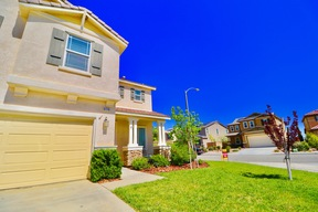 Palmdale  CA Single Family Home For Sale: $349,900
