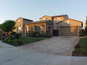 Residential : 26512 Oak Terrace Place