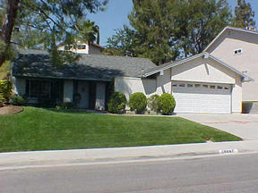 Residential : 29647 Grandifloras Rd.