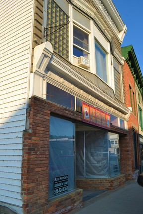 Commercial For Lease: 38 Broadway #A