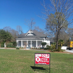 Andalusia AL Single Family Home Sold: $335,000