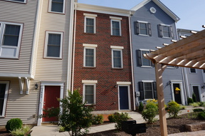 Roanoke VA Townhome Available April 2018: $1,595 Per Month