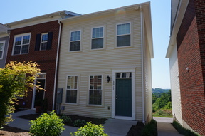Roanoke VA Single Family Home For Lease: $1,600 Per Month