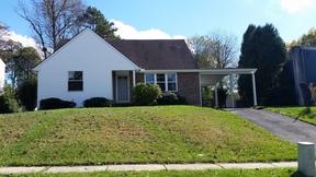 Single Family Home For Sale: 761 Tamarack Trl
