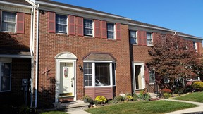Single Family Home For Sale: 38 Warwick Ct