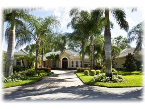 Residential Closed: 2794 Olde Cypress Dr
