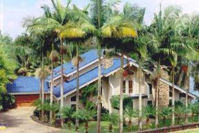 Residential : 27-105 Lali St.