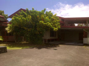 Residential : 601 Laukapu St