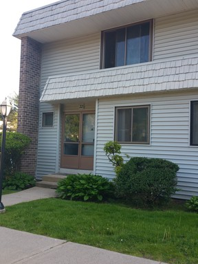 Cromwell CT Condo/Townhouse Leased: $1,350