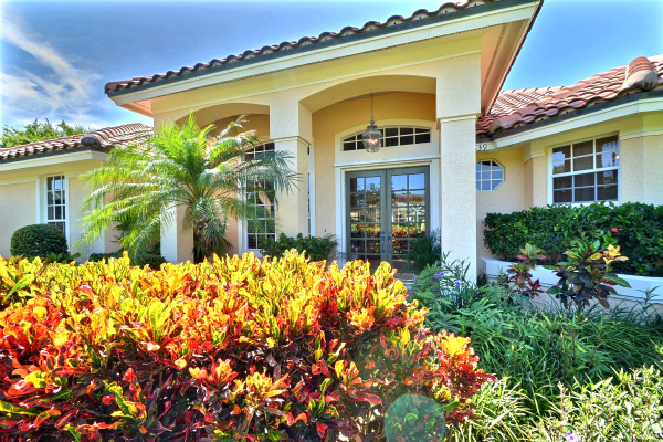 SOLD!  SANDPOINTE VERO BEACH FL POOL HOME BY THE BEACH