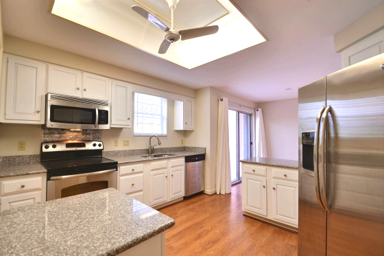 OCEANFRONT CONDOS VICTORIA VERO BEACH OCEANVIEW UNIT WITH NEW KITCHEN