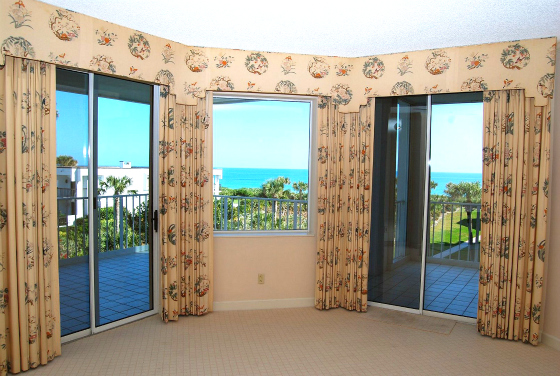 OCEANFRONT CONDOS VICTORIA VERO BEACH OCEANVIEW UNIT WITH BALCONY
