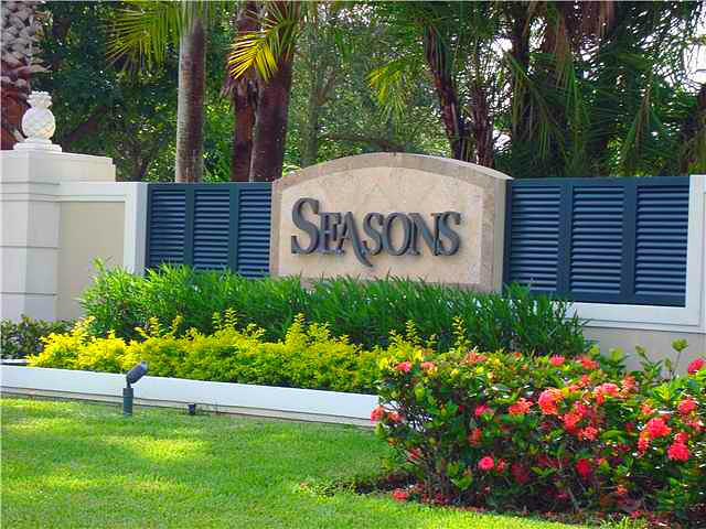 SEASONS GATED ISLAND HOMES VERO BEACH FLORIDA