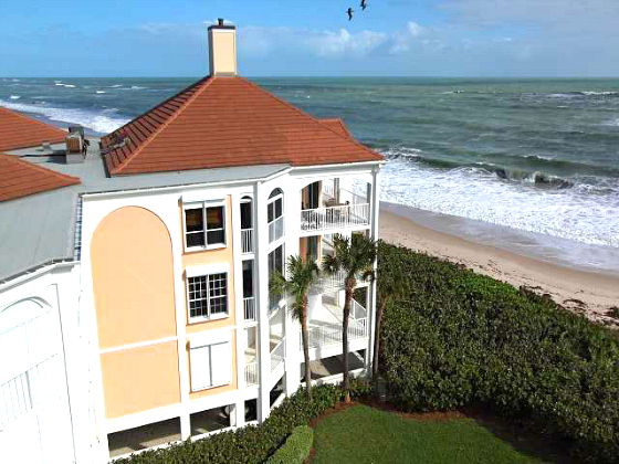 OCEANFRONT CONDOS VICTORIA VERO BEACH GATED BEACH LIFESTYLE