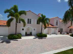 Vero Beach FL Townhome For Sale: $210,000