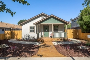 Paso Robles CA Single Family Home Sale Pending: $574,900