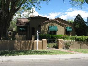 Residential : 1705 San Patricio Ave. SW