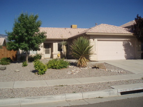 Residential : 8512 Rancho del Cerro NE