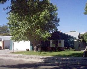 Residential : 3821 Inca NE