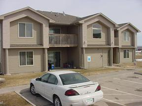 north liberty IA Rental For Rent: $880 Monthly
