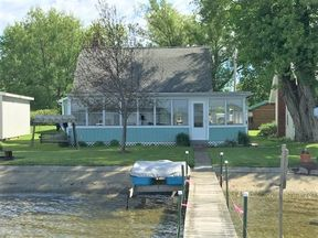 Lake/Water Sale Pending: 5943 Ericson Lane