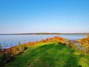 Lake/Water Sale Pending: Summer Haven