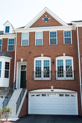 Townhome Sold: 43277 Mitcham Square