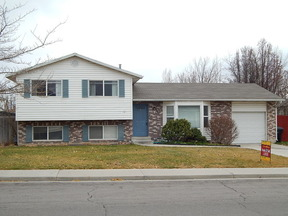 Residential Sold: 1649 Springwater Drive