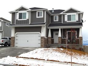 Single Family Home Sold: 7898 N Oakwood Dr