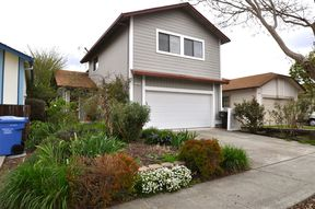 Single Family Home For Sale: 986 Stanislaus Way